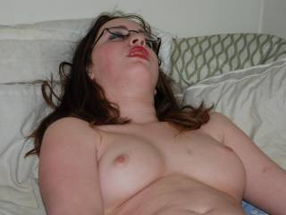 Would be nice to have you wrap those lovely red lips around something hard.