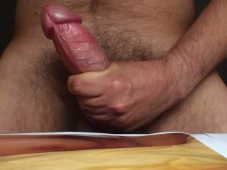 I´m masturbating! Girls, please tell me if you have a mouth for me!