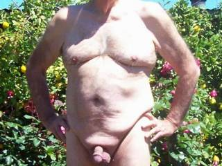 great to see you looking so well, love that naked free feeling, is it ok to lust after you x
