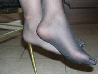 another nyloned feet to lick
