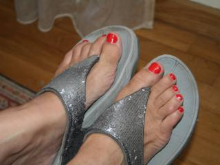 For those who enjoy feet and red nails...