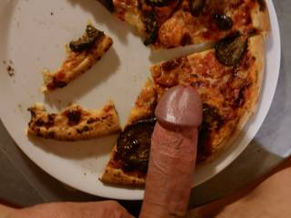 Some warm dick on fresh pizza for hungry girls!