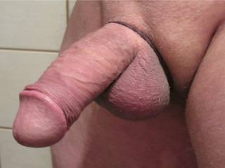 im a sucker for a shaved cock.....