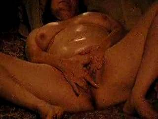 Love the show! Love to be rubbing my cock all over her oiled up tits!